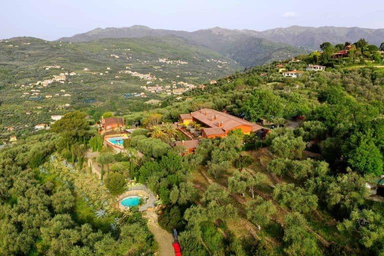 Vista dall'alto del Relais San Damian, Imperia, Liguria, Italia
