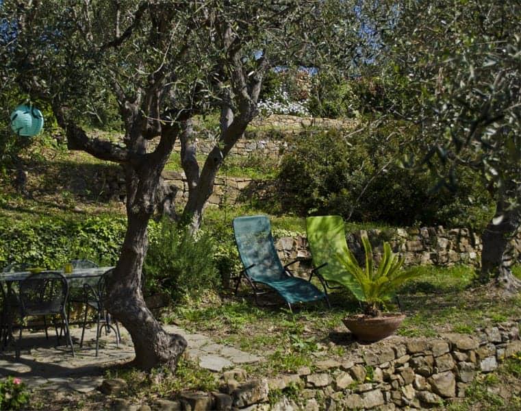 Garden suite, giardino privato,  Agriturismo Relais San Damian, Imperia, Liguria, Italia